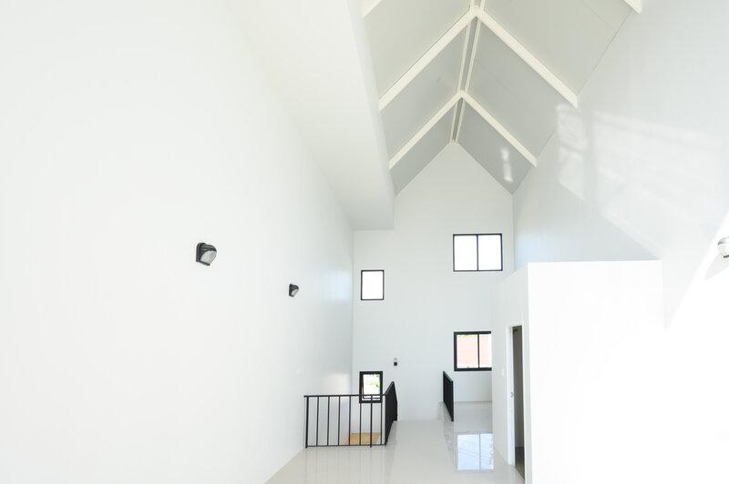 ความสวยงามของผนังสมาร์ทบอร์ดที่ติดตั้งเป็นผนังเบาในตัวบ้าน